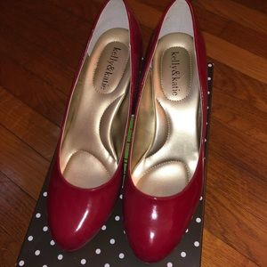Kelly and Katie red pumps 8.5